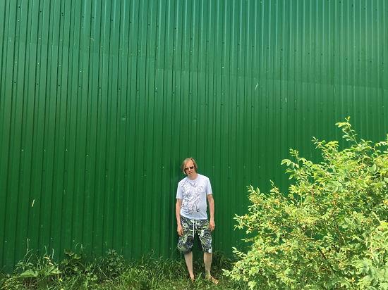 Царь-забор для премьера: СМИ показали стену, за которой отдыхает Медведев