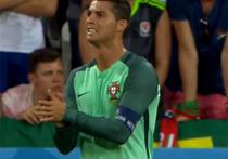 Криштиану Роналду против сборной Франции