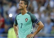 Главный тренер португальцев перед финалом Евро-2016 признался, что один из лучших футболистов мира уже не тот, что выходил 12 лет назад на поле в решающем матче домашнего чемпионата Европы