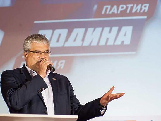 В Новосибирске определились с депутатами на довыборы и хотят решить судьбу нового моста
