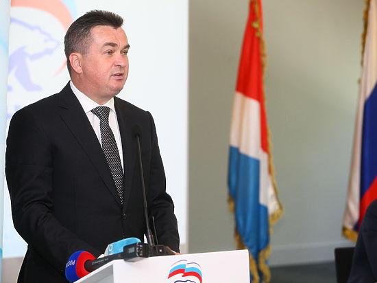 Состоялось заседание регионального политсовета партии «Единая Россия», а также партийная школа
