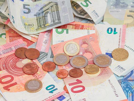 «Девальвация рубля произойдет после выборов»