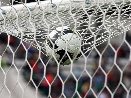 Футбольная сборная России рухнула на 38 место в рейтинге ФИФА