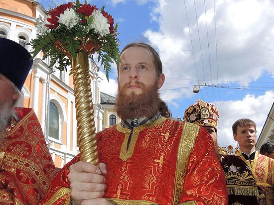 Выше религиозных ритуалов: в Киеве заблокировали Крестный ход Московского патриархата