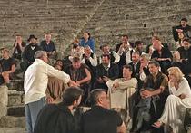 Вахтанговцы играют премьеру в античном театре в Греции