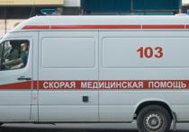 В Екатеринбурге мужчина успел поймать маленькую девочку, которая упала с восьмого этажа жилого дома