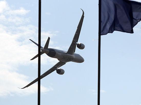 СМИ заявили о бомбах в двух направляющихся в Брюссель самолетах