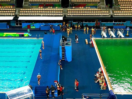 Оргкомитет Игр-2016 раскрыл тайну зелёной воды в олимпийском бассейне