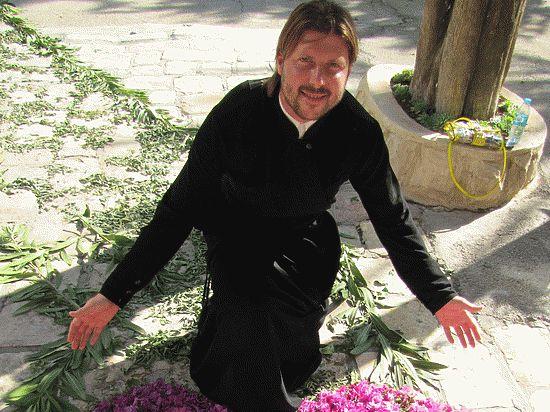 Израильский суд принял окончательное решение: выдать подозреваемого в педофилии священника, экс-духовника «Зенита» Глеба Грозовского, России