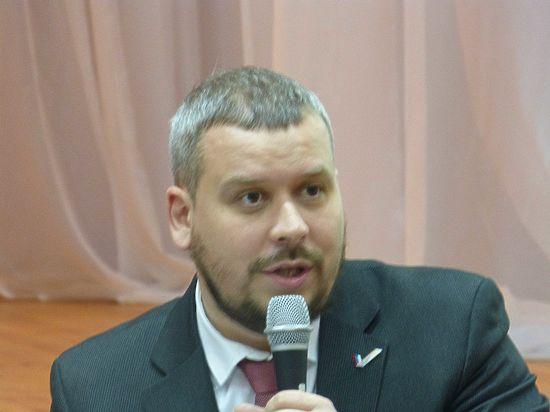 Снятие с выборов Ильи Косенкова может ударить по всем Общественным палатам страны