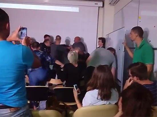 Одесская лекция Павленского о людоедстве закончилась поножовщиной и смертью охранника