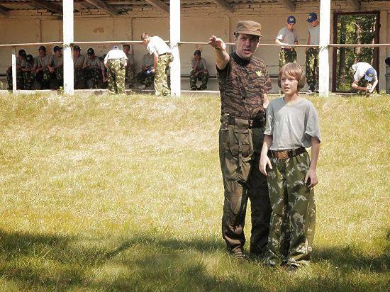 Его «командир» Сердюк считает, что он мог отправиться в Крым из-за «синдрома войны»