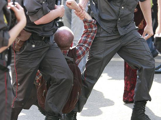 Задержанных отпустили без объяснения причин, от комментариев в силовых структурах воздержались