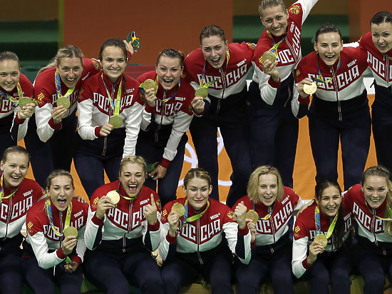Как наша женская сборная стала олимпийским чемпионом по гандболу