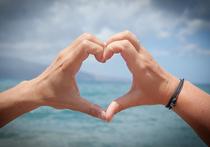 Чувство, которое романтики привыкли называть любовью с первого взгляда, на самом деле не может быть чем-то большим, чем мимолетная симпатия