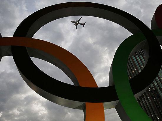 """Исинбаева объяснила задержку """"золотого"""" рейса с российскими олимпийцами в Рио"""