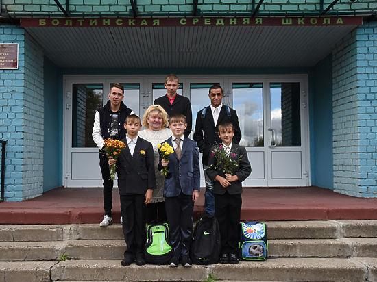 1 сентября семья из Рыбинска отправила в школу 22 сына