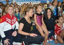 Герои Олимпиад разных лет зарядили молодое поколение открытым уроком