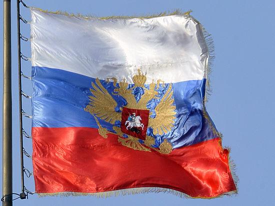 Белорус, несший российский флаг на Паралимпиаде, не был паралимпийцем