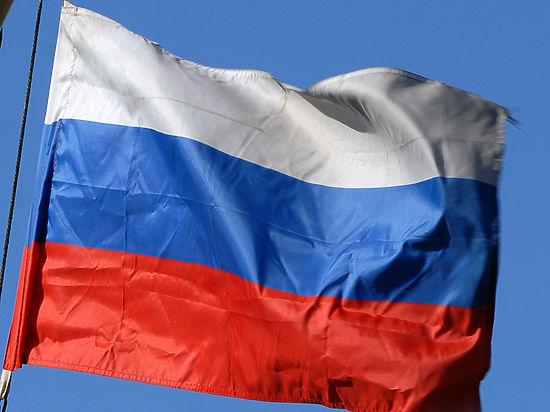 Белорусских паралимпийцев накажут за пронос российского флага на открытии Игр