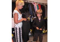 """Экспертиза детской одежды: """"модные"""" вещички шьют из дешевого китайского полиэстера"""