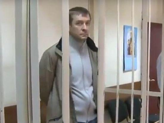Суд арестовал полковника ГУЭБиПК Дмитрия Захарченко