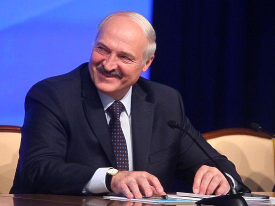 «Даже водку пей»: Лукашенко рассказал о диете Медведева