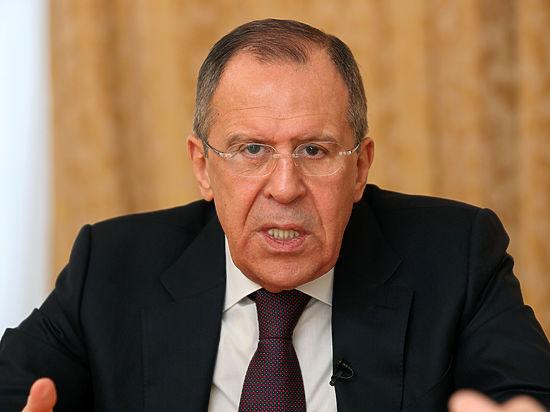Лавров объяснил, почему сирийская авиация не могла разбомбить гумконвой ООН