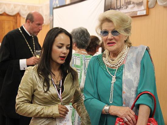 На «Святом Владимире» тысяча севастопольцев не выпускала Светлану Дружинину из концертного зала