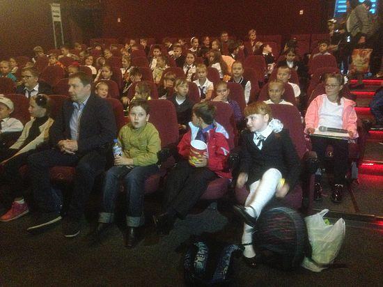 В Крыму школьников повели на православное кино вместо математики