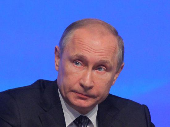 СМИ сообщили о решении Путина не повышать налоги до 2019 года