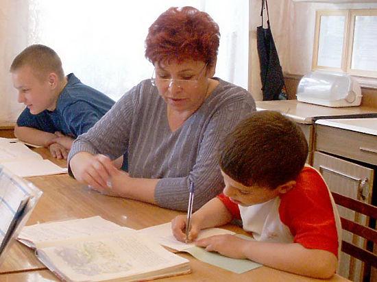 Современные школы требуют, чтобы родители учились вместе с детьми