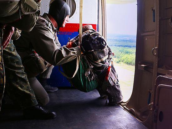 Ученые разработали парашют для прыжков с 50 метров