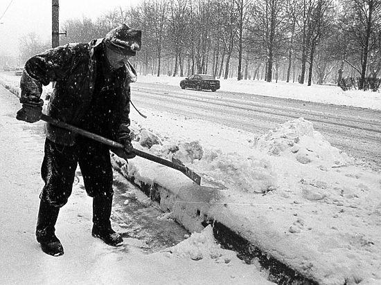Полтавченко смутили старые снимки Северной столицы
