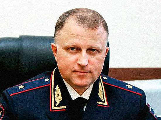 Начальник полковника-миллиардера Захарченко написал заявление об уходе