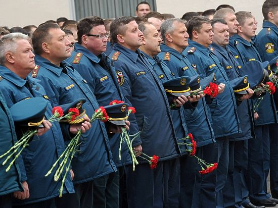 Погибшие огнеборцы посмертно представлены к государственным наградам - Орденам Мужества