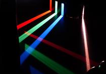 Представлен способ получения антиматерии путем столкновения сверхъяркого пучка лазерного излучения с листом фольги
