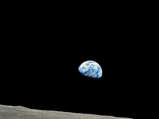 Чем скорее человечество заселит другие планеты, тем выше его шанс выжить