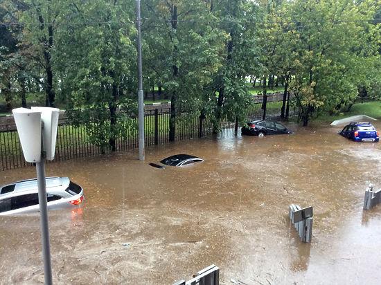Старые строительные нормы довели столицу до потопов