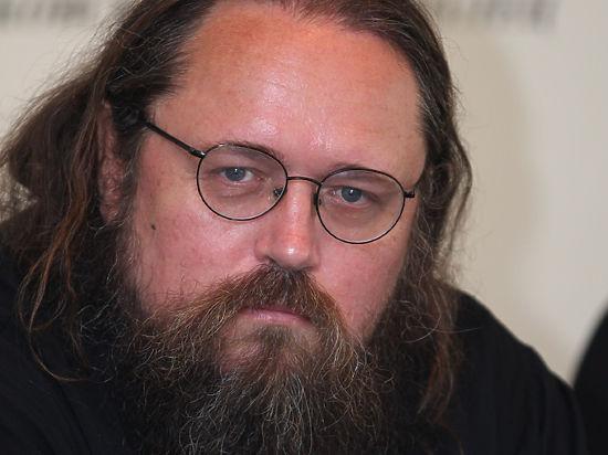 Андрей Кураев назвал призыв к запрету абортов пиар-акцией патриарха