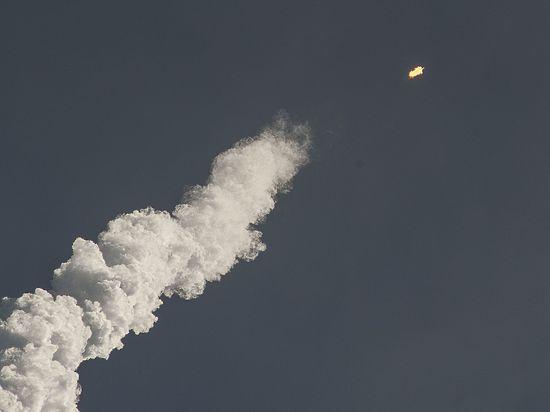 Розетта завершила свою миссию, столкнувшись с кометой