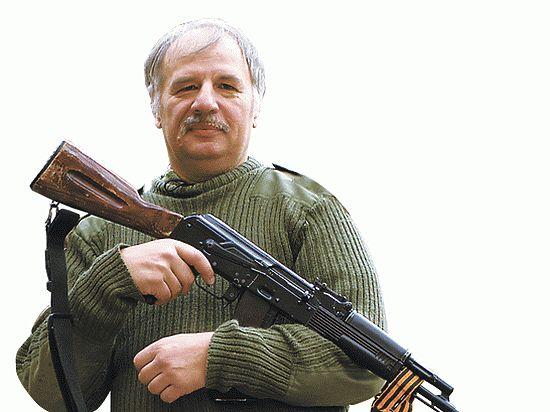 Питерский ополченец о войне на Донбассе: «На передовой воюют, в тылу мародерят, в штабе награды делят»