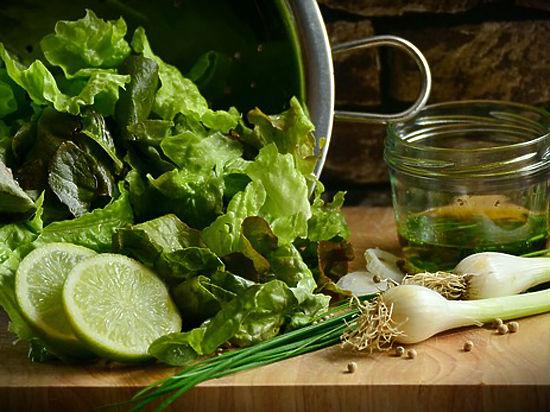 Из чего приготовить самый полезный «противовирусный» салат