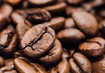 Две-три чашки кофе в день помогают пожилым женщинам предотвратить развитие старческого слабоумия, заявили специалисты