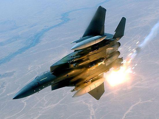 СМИ: США хотят тайно разбомбить военные аэродромы в Сирии