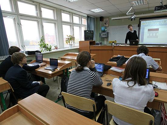 Лучшая школа России — физматлицей в Питере