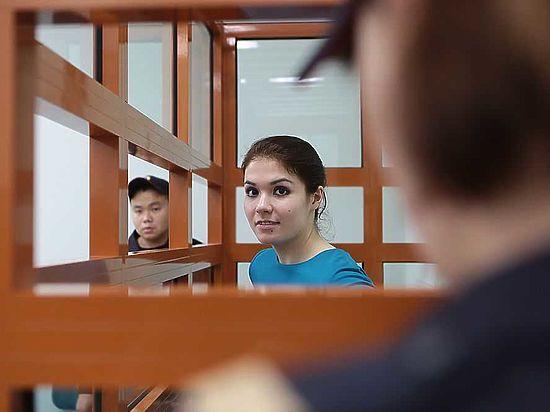 «Мне тяжело это слушать!» - заявила студентка, когда ей зачитали обвинение