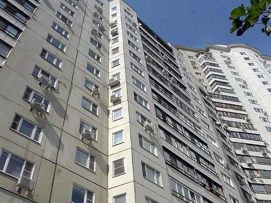 17-летний юноша сорвался с 14-го этажа