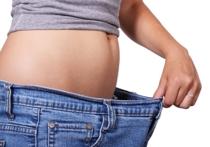Вес женщин, вступившие в отношения с мужчиной, впоследствии незколько раз изменяется