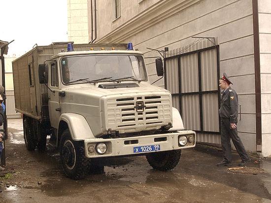 Минюст планирует изменить порядок перевозки арестантов